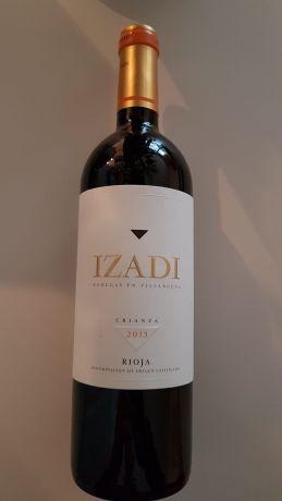 Photo d'une bouteille de Izadi Rioja